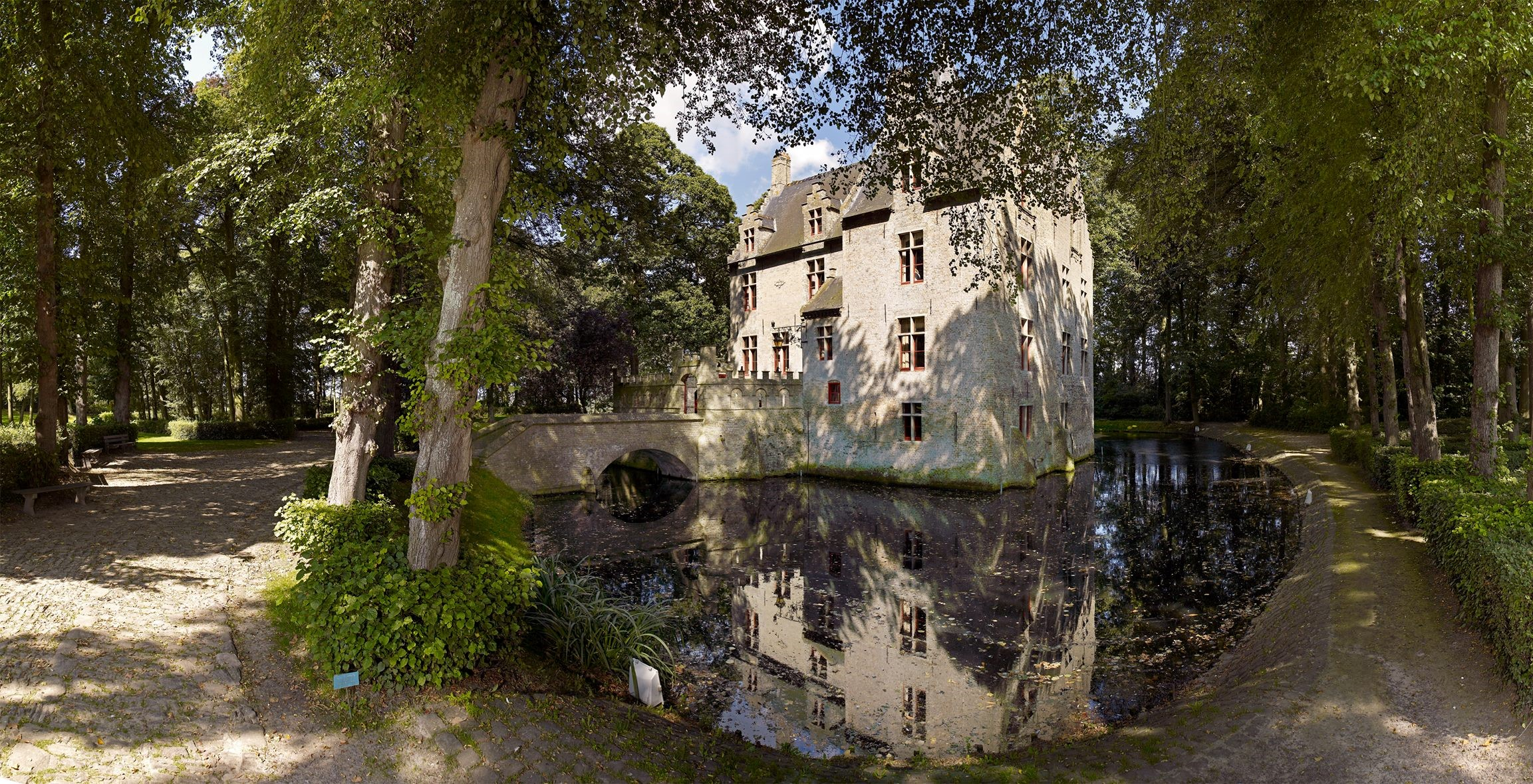 Beauvoorde Castle near Veurne, Belgium